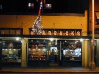Starbucks_pike_place_market_2